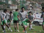 mochamad-yudha-febrian-saat-mengikuti-latihan-bersama-timnas-u-19-indonesia.jpg
