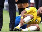 neymar-pada-laga-brasil-vs-meksiko_20180703_130526.jpg