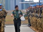 panglima-tni-jenderal-tni-gatot-nurmantyo-isu-5000-senjata-ilegal_20170924_024340.jpg