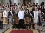 para-finalis-puteri-indonesia-tahun-2019-bertemu-presiden-joko-widodo.jpg
