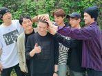 para-member-exo-mengantarkan-suho-wamil-kamis-1452020.jpg