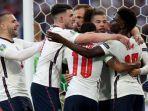 para-pemain-inggris-merayakan-gol-ke-gawang-denmark-di-babak-semifinal-euro-2020.jpg