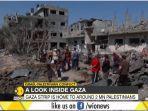pengungsi-korban-serangan-israel-di-gaza-palestina-di-antara-puing-puing-bangunan.jpg