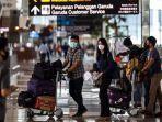 penumpang-saat-tiba-di-terminal-3-bandara-soekarno-hatta-tangerang-banten-selasa-1252020.jpg