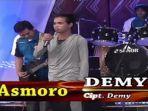 penyanyi-demy-di-lagu-asmoro.jpg