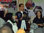 presiden-joko-widodo-jokowi-saat-berdialog-dengan-tiga-orang-perwakilan-pedagang.jpg