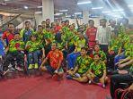 presiden-joko-widodo-saat-mengunjungi-atlet-paralimpik-bulu-tangkis-dan-tenis-meja_20180916_150443.jpg