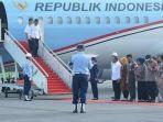 presiden-jokowi-dan-ibu-negara-iriana-jokowi-tiba-di-bandara-silangit-kecamatan-siborongborong.jpg