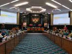 rapat-pembahasan-kebijakan-umum-perubahan-anggaran-dan-prioritas-plafon-anggaran-sementara_20180917_203509.jpg