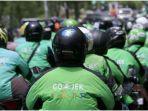ratusan-driver-yang-tergabung-dalam-komunitas-driver-ojol-aceh-doa.jpg