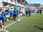 sesi-latihan-tim-garuda-select-ii-di-pusat-pelatihan-di-como-italia-senin-2012020.jpg