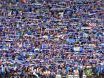 suporter-setia-tim-persib-bandung-di-stadion-si-jalak-harupat-kabupaten-bandung_20181009_154219.jpg
