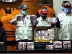 tangkapan-layar-barang-bukti-berupa-uang-yang-diamankan-petugas-kpk-dalam-operasi-tangkap.jpg