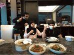 Aurel Hermansyah Beberkan Fakta tentang Selera Makan Suami saat Masak Santapan untuk Atta Halilintar