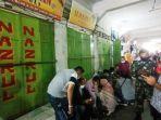 toko-emas-di-pasar-simpang-limun-med.jpg