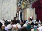 ustaz-abdul-somad-saat-memberikan-tausyiah-di-masjid-agung-sumatera-utara.jpg
