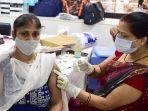 vaksinasi-covid-19-di-india.jpg