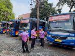 wali-kota-solo-fx-hadi-rudyatmo-menyiapkan-bus-khusus-pemudik.jpg